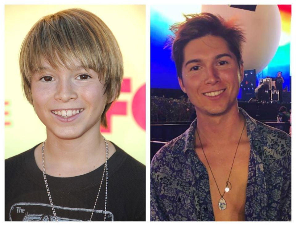 """<p>Zoey's little bro Dustin on <em><a href=""""https://fave.co/2WdlKyu"""" rel=""""nofollow noopener"""" target=""""_blank"""" data-ylk=""""slk:Zoey 101"""" class=""""link rapid-noclick-resp"""">Zoey 101</a></em> is a total dreamboat now and has the voice of an angel. Paul released several covers of songs by <a href=""""http://www.mtv.com/news/2799619/paul-butcher-covers-justin-bieber-love-yourself-william-shatner-zayn/"""" rel=""""nofollow noopener"""" target=""""_blank"""" data-ylk=""""slk:Justin Bieber"""" class=""""link rapid-noclick-resp"""">Justin Bieber</a>, <a href=""""http://www.mtv.com/news/2858006/brother-from-zoey-101-paul-butcher-zayn-cover-its-you/"""" rel=""""nofollow noopener"""" target=""""_blank"""" data-ylk=""""slk:Zayn"""" class=""""link rapid-noclick-resp"""">Zayn</a>, and <a href=""""http://www.mtv.com/news/2941736/paul-butcher-shawn-mendes-mercy/"""" rel=""""nofollow noopener"""" target=""""_blank"""" data-ylk=""""slk:Shawn Mendes"""" class=""""link rapid-noclick-resp"""">Shawn Mendes</a>, and released his original song, """"Ain't Hurtin' Nobody,"""" in 2017.</p><p>He's currently <a href=""""https://nostalgiaisthenewblack.com/2017/09/14/paul-butcher-interview/"""" rel=""""nofollow noopener"""" target=""""_blank"""" data-ylk=""""slk:working on an eventual album or EP"""" class=""""link rapid-noclick-resp"""">working on an eventual album or EP</a>. Moreover, in 2016, he starred on the TV series <em>Destiny 7</em>.<br></p>"""