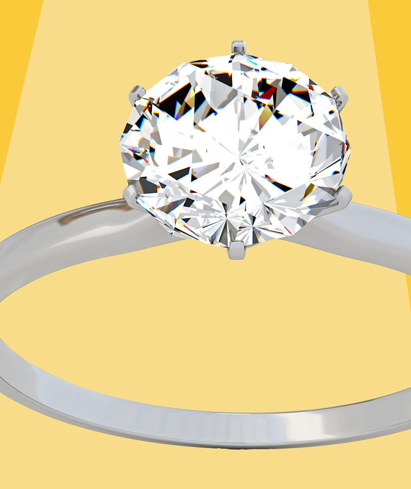 These Are the Most Popular Engagement Ring Styles of 2019—and They're Refreshingly Classic