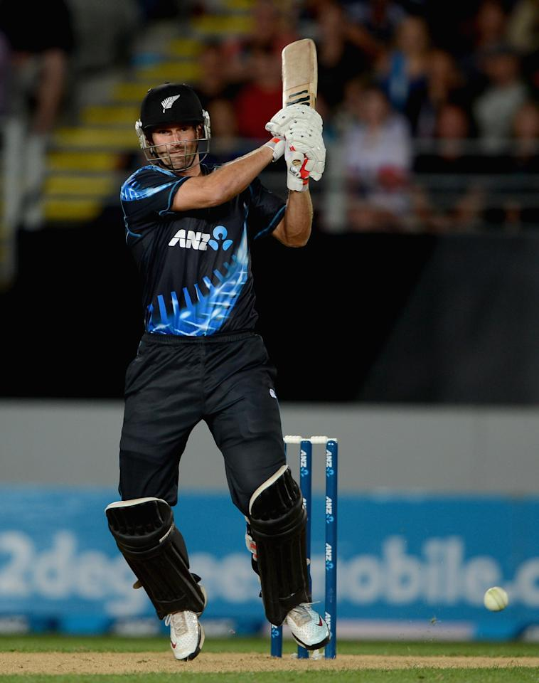 AUCKLAND, NEW ZEALAND - FEBRUARY 09:  Andrew Ellis of New Zealand bats during the 1st T20 International between New Zealand and England at Eden Park on February 9, 2013 in Auckland, New Zealand.  (Photo by Gareth Copley/Getty Images)