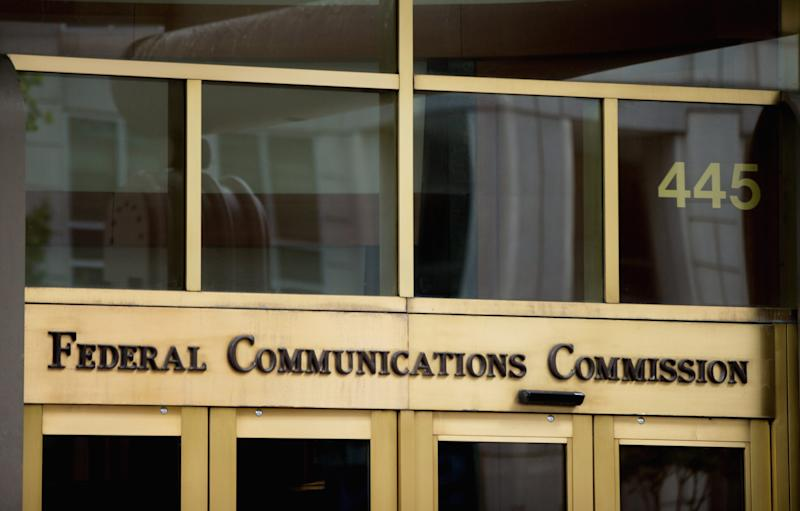 Verizon, AT&T, T-Mobile, Sprint face $200 million in fines from FCC for sharing user data