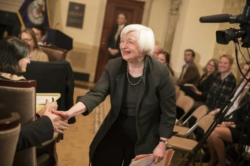 Dollar gains as Fed stays on track for gradual rate hikes