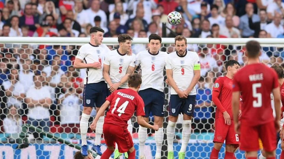 Gran gol di Damsgaard   LAURENCE GRIFFITHS/Getty Images