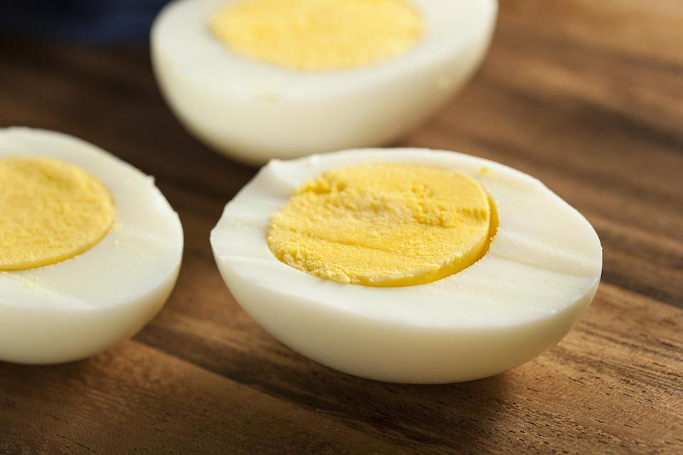 "<p>There are <a href=""https://www.thedailymeal.com/cook/eggs-101?referrer=yahoo&category=beauty_food&include_utm=1&utm_medium=referral&utm_source=yahoo&utm_campaign=feed"" rel=""nofollow noopener"" target=""_blank"" data-ylk=""slk:dozens of ways to make an egg"" class=""link rapid-noclick-resp"">dozens of ways to make an egg</a>, some of which involve the microwave, but if you're thinking about reheating the hard-boiled variety, think again. <a href=""https://www.thedailymeal.com/cook/peel-hard-boiled-eggs?referrer=yahoo&category=beauty_food&include_utm=1&utm_medium=referral&utm_source=yahoo&utm_campaign=feed"" rel=""nofollow noopener"" target=""_blank"" data-ylk=""slk:Hard-boiled eggs"" class=""link rapid-noclick-resp"">Hard-boiled eggs</a>, once microwaved, are likely to explode, but not <em>in </em>the microwave. They have a tendency to detonate minutes later after being poked by a knife or teeth. Yes. The egg can blow up in your mouth.</p>"