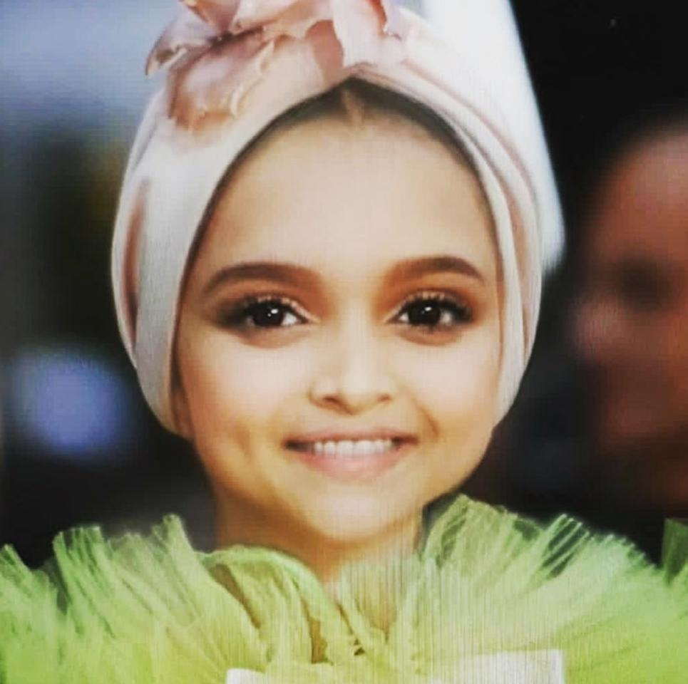 Talking about trends, the baby filter was another one that had hijacked the inter-webs for a whole week if not more. Ranveer Singh, who is a confessed fan of his lady-love, shared this adorable pic of Deepika from her Cannes appearance with the filter on. This is so cute, it hurts.