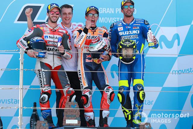 "Podio: 1º Marc Márquez, 2º Andrea Dovizioso, 3º Andrea Iannone <span class=""copyright"">Gold and Goose / LAT Images</span>"