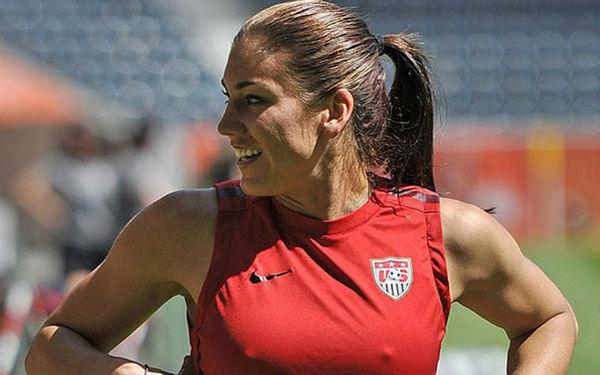 U.S. Goalkeeper Hope Solo Will Stay in Games Despite Twitter Rant