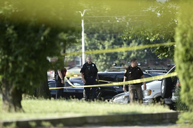 <p>Police tape cordons off the scene of an early morning shooting in Alexandria, Virginia, June 14, 2017.<br> (Photo: Brendan Smialowski/AFP/Getty Images) </p>