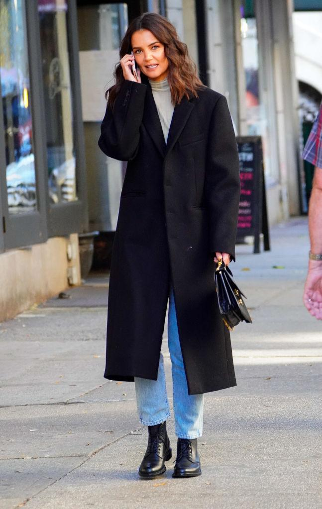 Katie Holmes's effortless street style. (Photo by Gotham/GC Images)