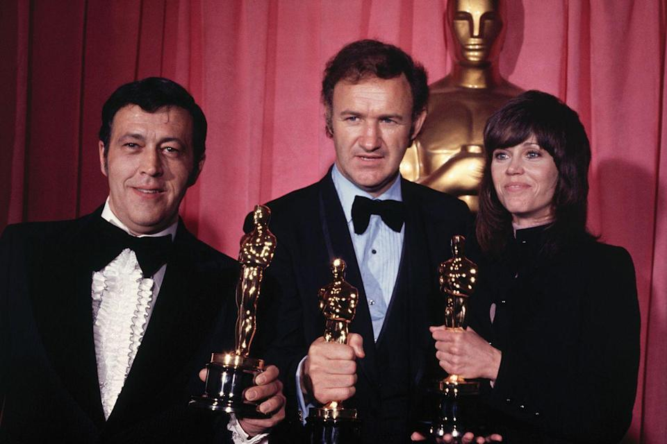 "<p>Philip D'Antoni and Gene Hackman posed with their Oscars for <em><a href=""https://www.amazon.com/French-Connection-Gene-Hackman/dp/B004EELXS6/ref=sr_1_1?ie=UTF8&qid=1547579549&sr=8-1&keywords=The+French+Connection&tag=syn-yahoo-20&ascsubtag=%5Bartid%7C10055.g.5132%5Bsrc%7Cyahoo-us"" rel=""nofollow noopener"" target=""_blank"" data-ylk=""slk:The French Connection"" class=""link rapid-noclick-resp"">The French Connection</a></em> along with Jane Fonda who won Best Actress for <em><a href=""https://www.amazon.com/Klute-Jane-Fonda/dp/B07K3LDF6T/ref=sr_1_1?s=instant-video&ie=UTF8&qid=1547579566&sr=1-1&keywords=Klute&tag=syn-yahoo-20&ascsubtag=%5Bartid%7C10055.g.5132%5Bsrc%7Cyahoo-us"" rel=""nofollow noopener"" target=""_blank"" data-ylk=""slk:Klute"" class=""link rapid-noclick-resp"">Klute</a></em>. The ceremony also <a href=""https://www.youtube.com/watch?v=J3Pl-qvA1X8"" rel=""nofollow noopener"" target=""_blank"" data-ylk=""slk:welcomed Charlie Chaplin"" class=""link rapid-noclick-resp"">welcomed Charlie Chaplin</a> back to the U.S. with an honorary Oscar after his 20 year-exile for alleged ties to communism. </p>"