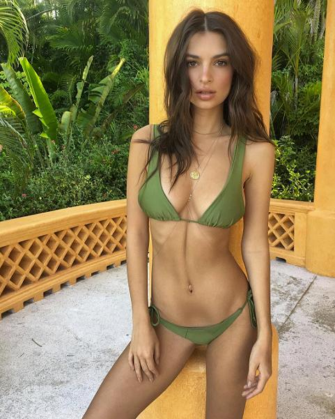 "<p>Shortly before sharing the backside nude photo, Ratajkowski posted this sexy snap of her flaunting her figure in a revealing green khaki bikini. ""Morning,"" the model captioned next to the pic. <strong> </strong><em>(Photo: March 19, '17/Instagram/emrata)</em> </p>"