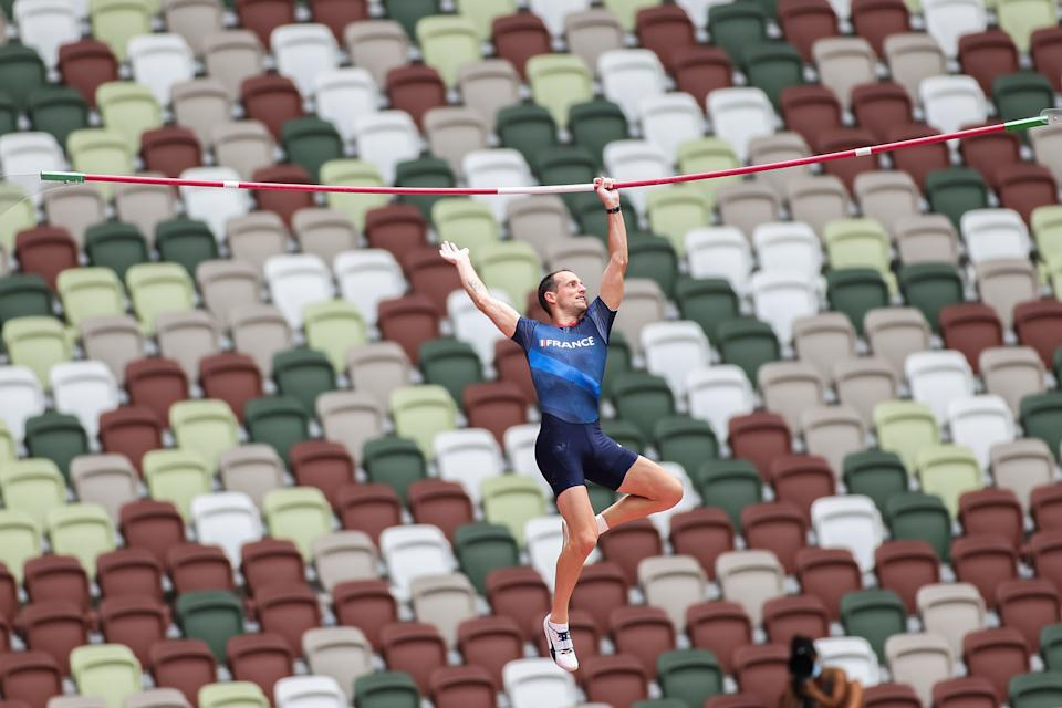 <p>TOKYO, JAPAN - JULY 31: Renaud Lavillenie of Team France competes in the Men's Pole Vault Qualification on day eight of the Tokyo 2020 Olympic Games at Olympic Stadium on July 31, 2021 in Tokyo, Japan. (Photo by David Ramos/Getty Images)</p>