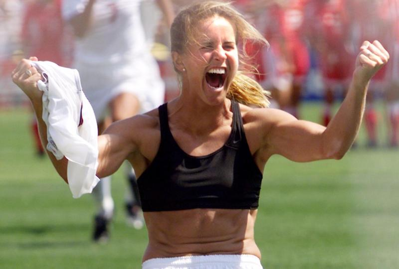 Brandi Chastain's iconic World Cup moment in 1999. (Hector Mata/AFP via Getty Images)
