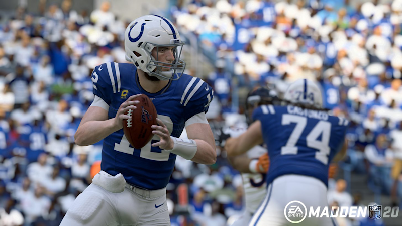 How to throw a touch pass in Madden 21 on Playstation 4, Xbox One