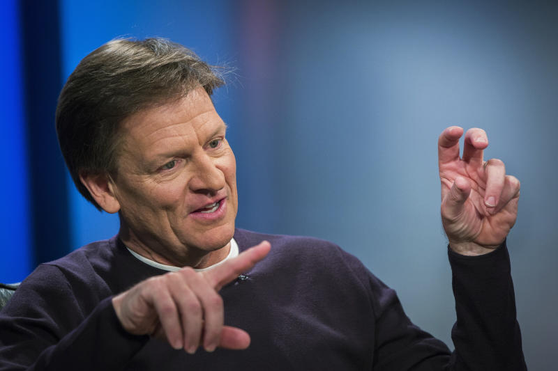 "Author Michael Lewis gestures during an interview at Reuters regarding his book about high-frequency trading (HFT) named ""Flash Boys: A Wall Street Revolt,"" in New York April 3, 2014. REUTERS/Lucas Jackson (UNITED STATES - Tags: MEDIA BUSINESS)"