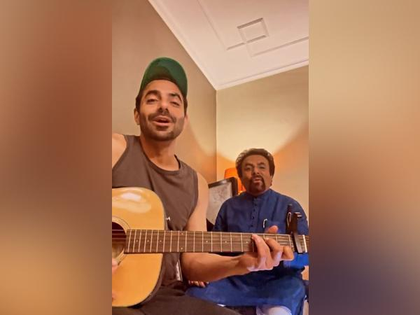 Aparshakti Khurana with his father (Image Source: Instagram)