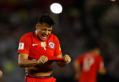 Football Soccer - Argentina v Chile - World Cup 2018 Qualifiers - Antonio Liberti Stadium, Buenos Aires, Argentina - 23/3/17 - Chile's Alexis Sanchez reacts after missing a goal opportunity. REUTERS/Martin Acosta