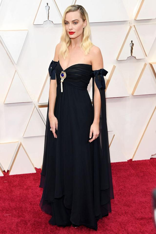 """<p>Nominee Margot Robbie chose a vintage gown for the 2020 Academy Awards in the form of this Chanel design from the house's spring/summer 1994 couture collection. It is not the first time the actress has championed vintage Chanel, <a href=""""https://www.harpersbazaar.com/uk/fashion/fashion-news/a27544022/margot-robbie-cannes-once-upon-a-time-in-hollywood/"""" target=""""_blank"""">she wore a glitzy ensemble during the Cannes Film Festival last year</a> from the house's spring/summer 2011 collection.</p>"""