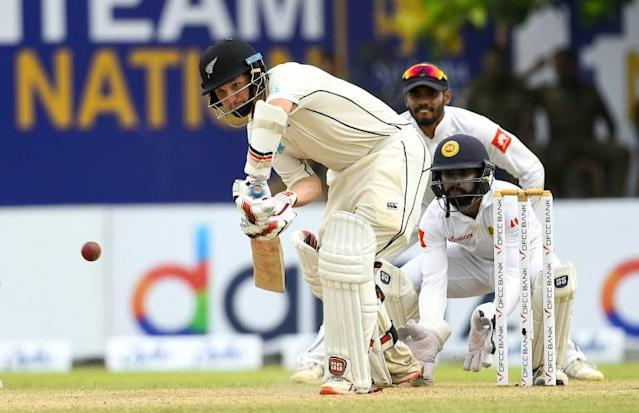 BJ Watling hit an unbeaten 63 that came off 138 balls with five fours to help New Zealand take the lead in the first Test against Sri Lanka (AFP Photo/ISHARA S. KODIKARA)