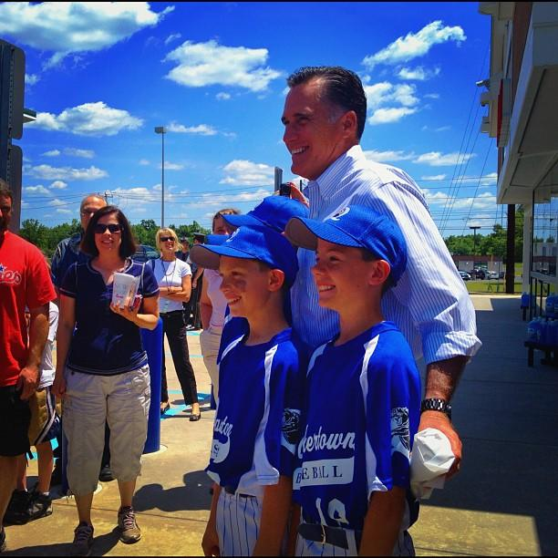 Mitt Romney at a Wawa convenience store in Quakertown, PA on Saturday, June 16. (Holly Bailey/Yahoo News)
