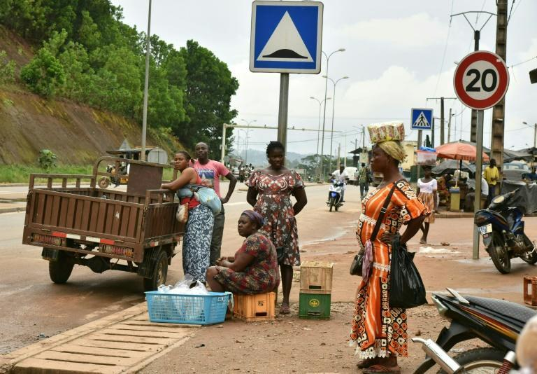 Street vendors: Life has been in limbo for the past year and a half, since the authorities sealed off the border to help prevent the spread of Covid (AFP/Issouf SANOGO)