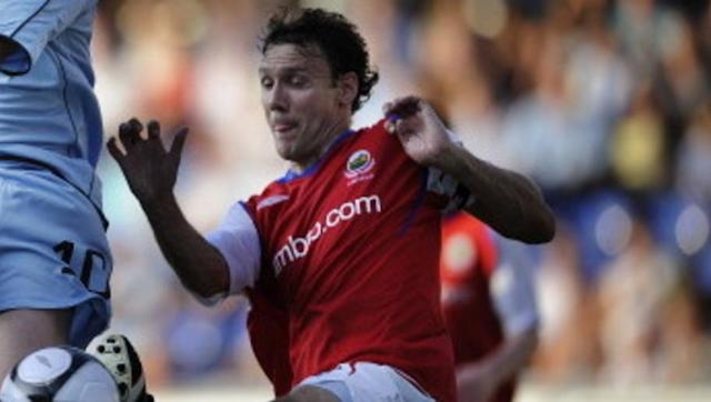 <p><strong>Number of games: 1013</strong></p> <br><p>An absolute legend in Northern Ireland, veteran centre back Noel Bailie played all 1013 professional appearances for local side Linfield over the span of four separate decades. </p> <br><p>In his final game for the club, Bailie lifted the Irish Premiership title to retire from the game in the best way possible. </p>