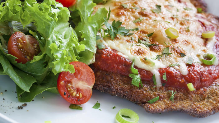Chicken Parmesan (Getty Images stock)