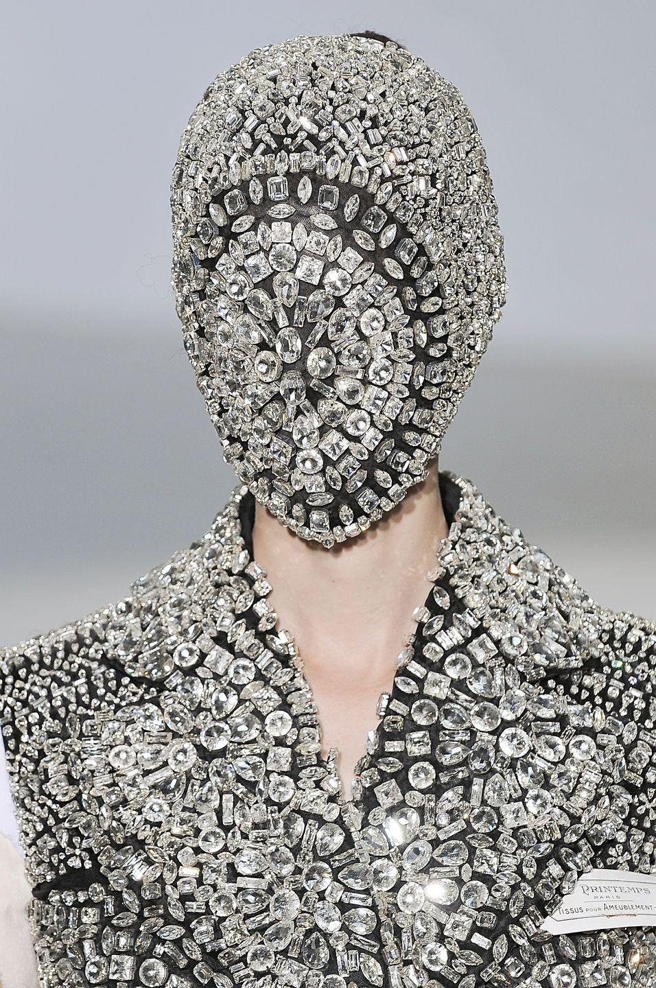 <p>These Haute Couture crystal masks quickly became an editorial hit, with fans including Kanye West, who wore them throughout his Yeezus tour in 2013.</p>