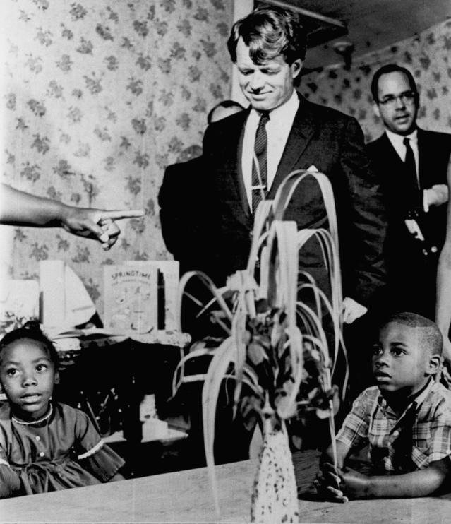 <p>Kennedy visiting a Head Start class near Jackson, Miss., on April 11, 1967. (Photo: AP) </p>