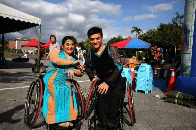 Taiwan's wheelchair athletes find love on the dance floor