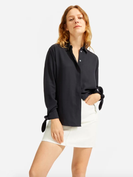 Looking to stock up on basics for summer? Everlane is now duty free to Canada for orders up to $150.