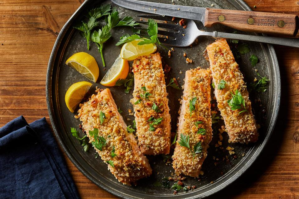 <p>Salmon and walnuts are both great sources of omega-3 fatty acids. Pair this easy salmon recipe with a simple salad and a side of roasted potatoes or quinoa.</p>