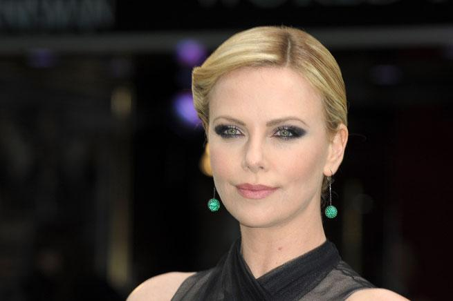 Beauty How-To: Pati Dubroff Reveals The Secrets Behind Charlize Theron's 'Snow White and the Huntsman' Premiere Make-up