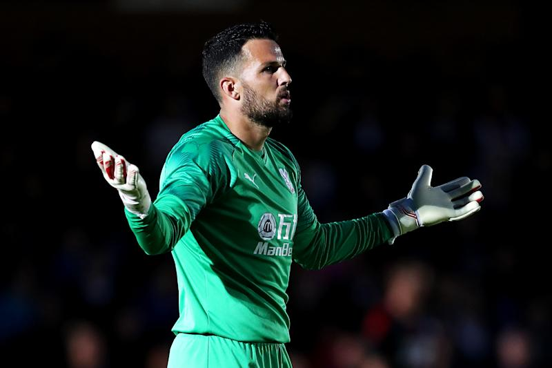 Stephen Henderson signed for Crystal Palace from Nottingham Forest.