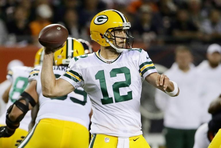 Green Bay Packers quarterback Aaron Rodgers throws a pass during the first quarter of a 10-3 NFL victory over the Chicago Bears at Soldier Field