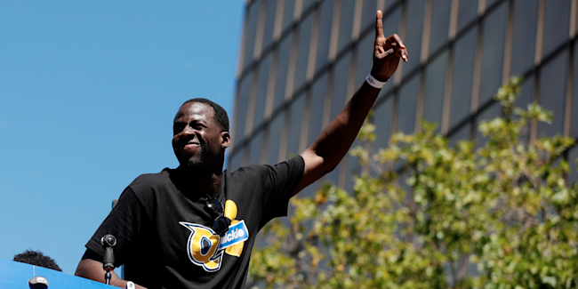 e4b311bc6830 Draymond Green and LeBron James got into a social-media war and the ...