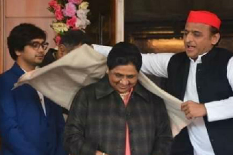 Mayawati Brings Nephew to the Frontline to Woo Youth, Adds Him to List of Star Campaigners