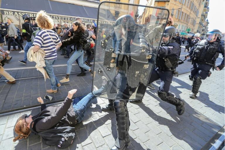 Riot police forced protesters out of Garibaldi Square in Nice city centre, where demonstrations had been banned