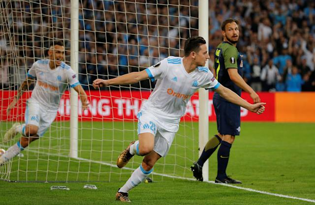 Soccer Football - Europa League Semi Final First Leg - Olympique de Marseille vs RB Salzburg - Orange Velodrome, Marseille, France - April 26, 2018 Marseille's Florian Thauvin celebrates scoring their first goal REUTERS/Jean-Paul Pelissier