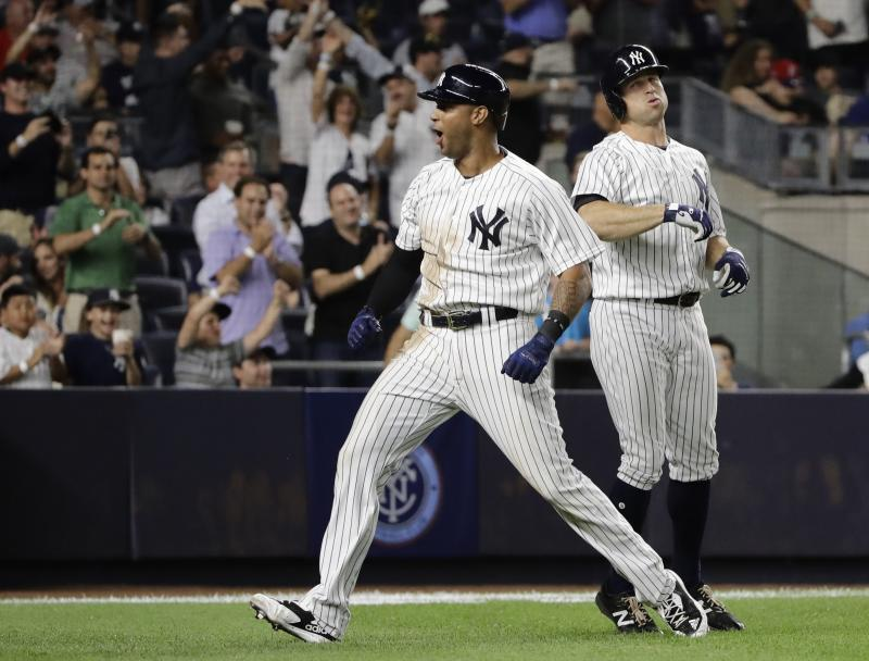 Hicks sparks Yanks with bat, arm, stopping Red Sox streak