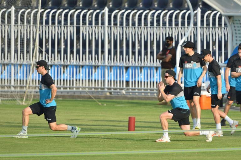New Zealand's cricketers warm up during a practice session at the Rawalpindi Cricket Stadium on their first visit to Pakistan since 2003 (AFP/Farooq NAEEM)