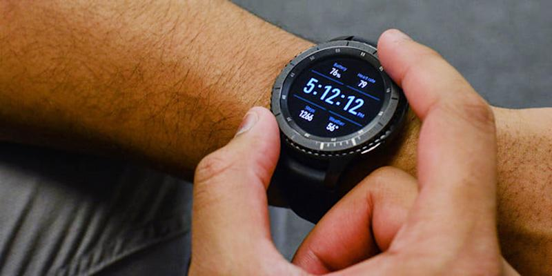 Newegg drops price of on the Samsung Gear S3 Frontier