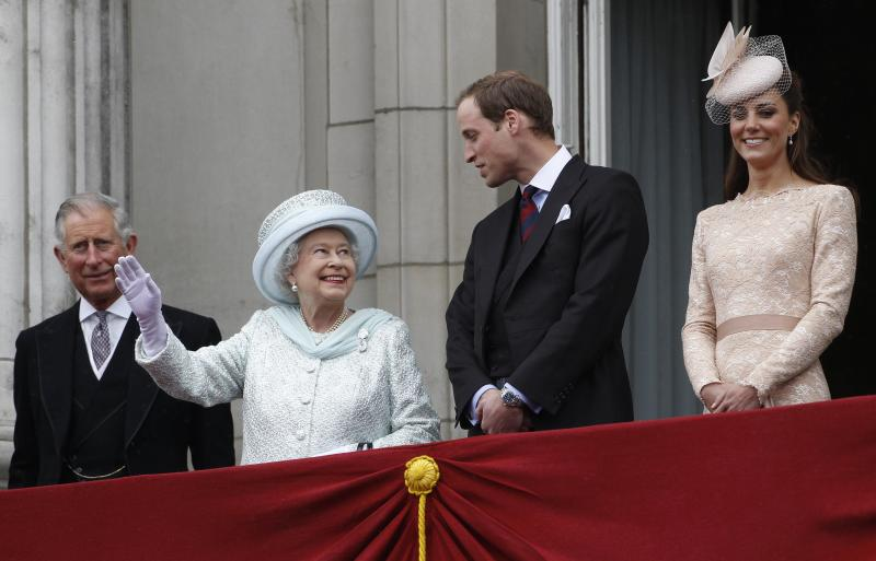 From left Britain's Prince Charles Queen Elizabeth  Prince William, and  his wife Kate Duchess of Cambridge,   stand on the balcony at Buckingham Palace during the Diamond Jubilee celebrations in central London  Tuesday June 5, 2012. Four days of nationwide celebrations during which millions of people have turned out to mark the Queen's Diamond Jubilee conclude on Tuesday with a church service and carriage procession through central London.  (AP Photo/Stefan Wermuth, Pool)