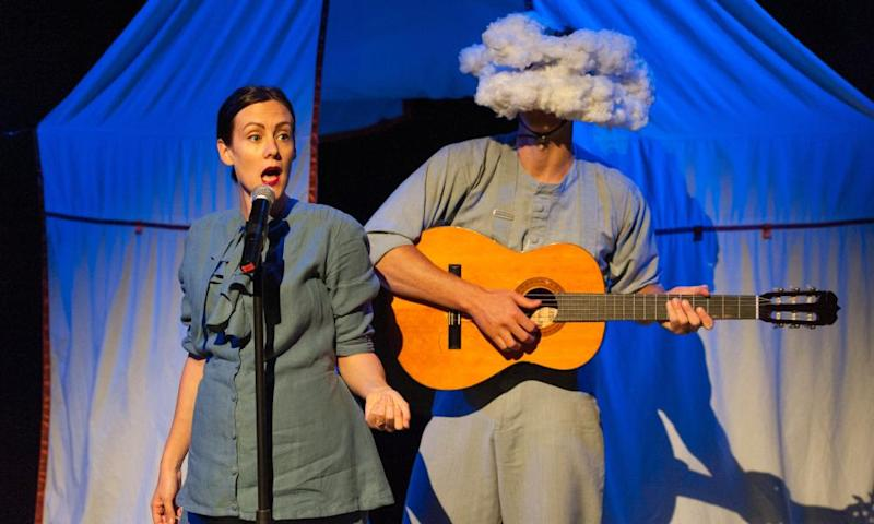 Bryony Kimmings and Tim Grayburn in Fake it 'Til You Make it at the Edinburgh fringe in 2015.