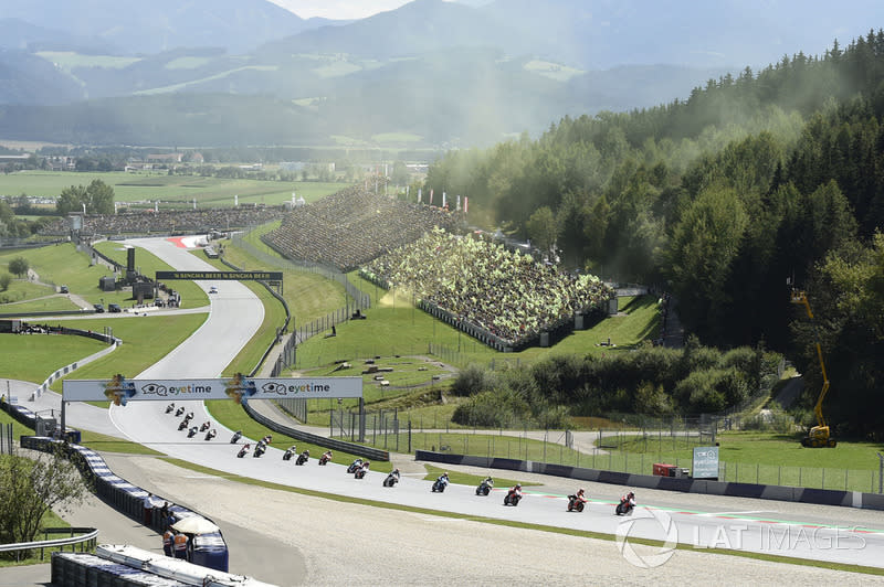 "#1: Red Bull Ring (Österreich) - 187,226 km/h<span class=""copyright"">Gold and Goose / Motorsport Images</span>"