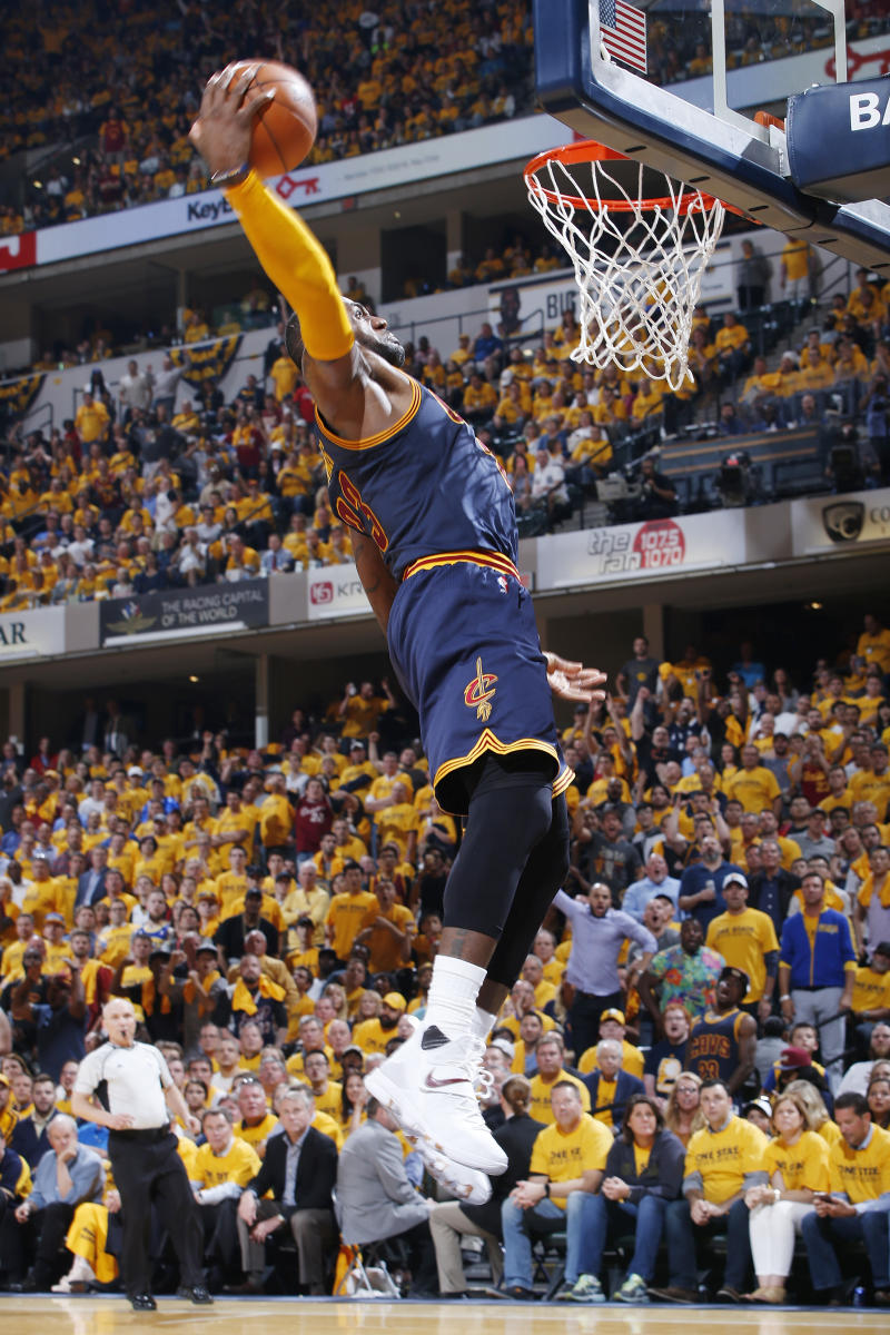 Basket - Cavaliers stunning rally puts Pacers on brink