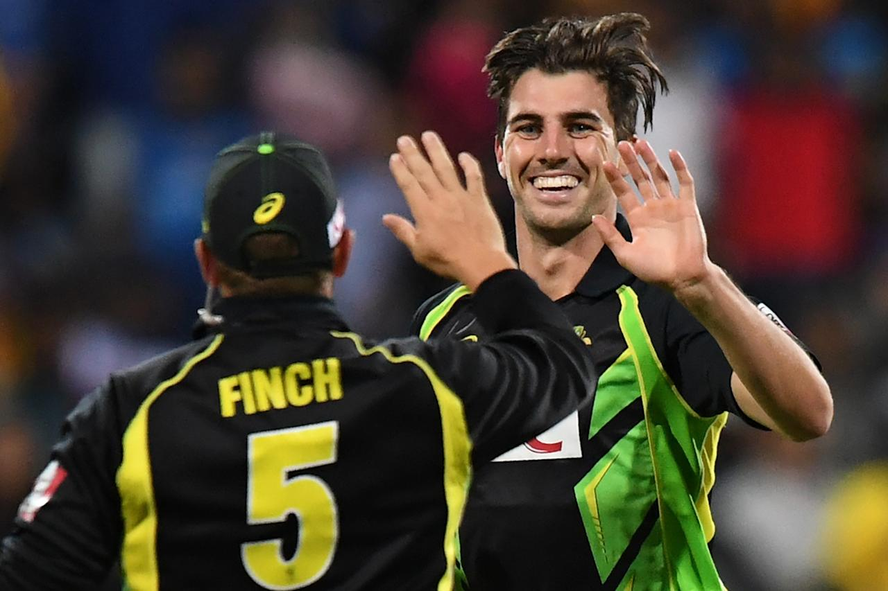 <p>Aussie quick Pat Cummins (base price Rs 2 crore) bought by Delhi Daredevils for Rs 4.5 crore. </p>