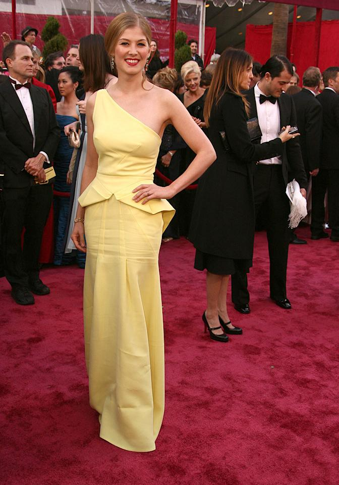 WORST: Rosamund Pike at the 80th Annual Academy Awards - 02/24/2008