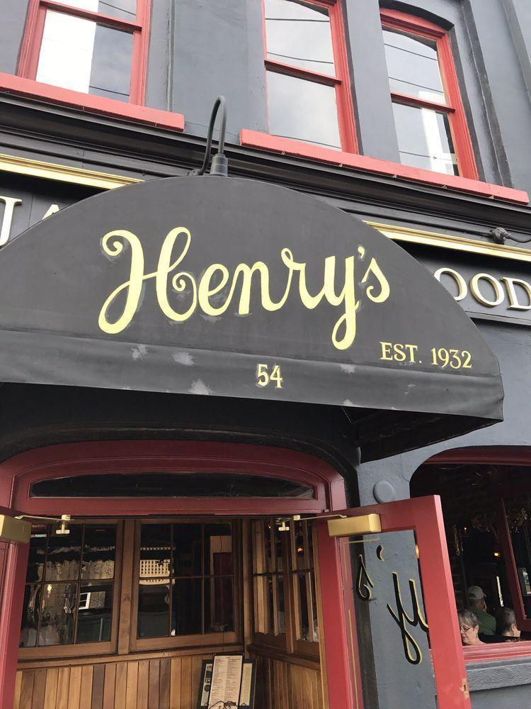 """<p>Head to North Market Street in downtown Charleston for a true taste of the city's history. This was <a href=""""https://www.tripadvisor.com/Restaurant_Review-g54171-d1526353-Reviews-Henry_s_Bar_and_Restaurant-Charleston_South_Carolina.html"""" rel=""""nofollow noopener"""" target=""""_blank"""" data-ylk=""""slk:one of the first fish houses"""" class=""""link rapid-noclick-resp"""">one of the first fish houses</a> in town, and the restaurant still whips up classic lowcountry fare like shrimp and grits, crab soup and crab cakes, made from a fourth generation family recipe.</p>"""