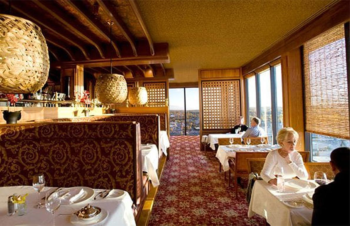 "<p>Upscale and elegant, Crow's Nest offers 360-degree views of Anchorage from atop one of the state's <a href=""https://www.theactivetimes.com/travel/content/most-spectacular-hotels?referrer=yahoo&category=beauty_food&include_utm=1&utm_medium=referral&utm_source=yahoo&utm_campaign=feed"">most spectacular hotels</a>, Hotel Captain Cook. A AAA four-diamond restaurant, Crow's Nest also offers 10,000 different bottles of wine along with a high-end menu from chef Reuben Gerber with selections such as black cod with peppers and sprouts, a daily risotto, octopus with herbed breadcrumbs, and 1 pound of king crab legs served with lemon and butter.</p>"