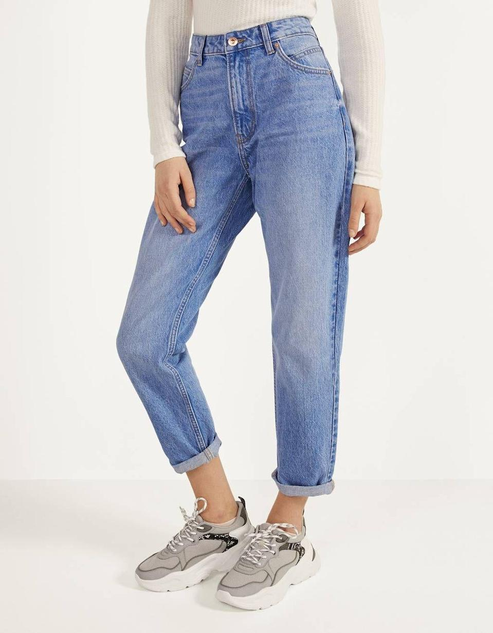 """<p><strong>Bershka</strong></p><p>bershka.com</p><p><strong>$29.90</strong></p><p><a href=""""https://go.redirectingat.com?id=74968X1596630&url=https%3A%2F%2Fwww.bershka.com%2Fus%2Fwomen%2Fcollection%2Fjeans%2Fhigh-waist-mom-jeans-c1010276029p102487286.html%3FcolorId%3D461&sref=https%3A%2F%2Fwww.seventeen.com%2Ffashion%2Ftrends%2Fg29036093%2Fvsco-girl-brands-starter-pack%2F"""" rel=""""nofollow noopener"""" target=""""_blank"""" data-ylk=""""slk:Shop Now"""" class=""""link rapid-noclick-resp"""">Shop Now</a></p><p>All jeans <em>must</em> have a vintage wash and a super high-rise cut. I don't make the rules, VSCO girls do.</p>"""